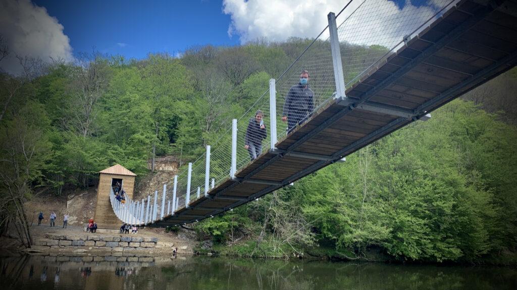 hangbrug boven de Semois
